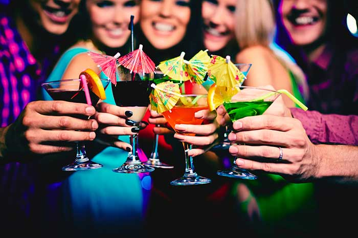 List of Los Angeles Hookup Bars & Clubs | SoNaughty
